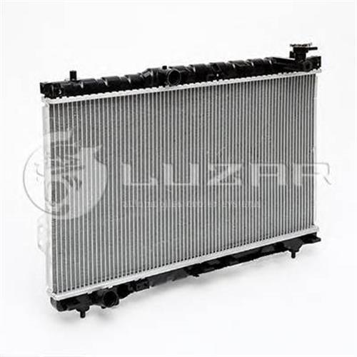Радиатор охлаждения Hyundai SantaFe (00-) LUZAR LRCHUSF00180