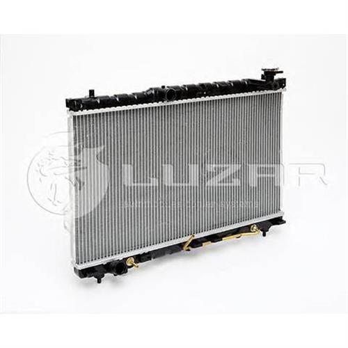 Радиатор охлаждения Hyundai SantaFe (00-) AT LUZAR LRCHUSF00250