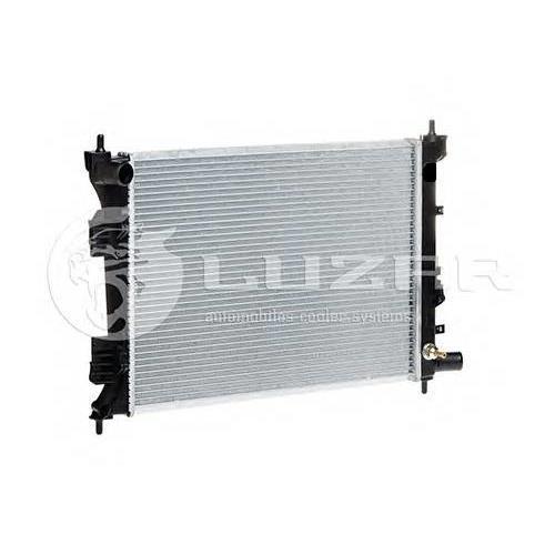 Радиатор охлаждения Hyundai Solaris (10-) LUZAR LRC08L4