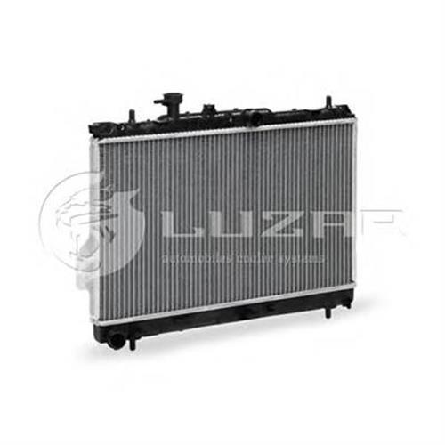 Радиатор охлаждения Hyundai Matrix (01-) LUZAR LRCHUMX01101